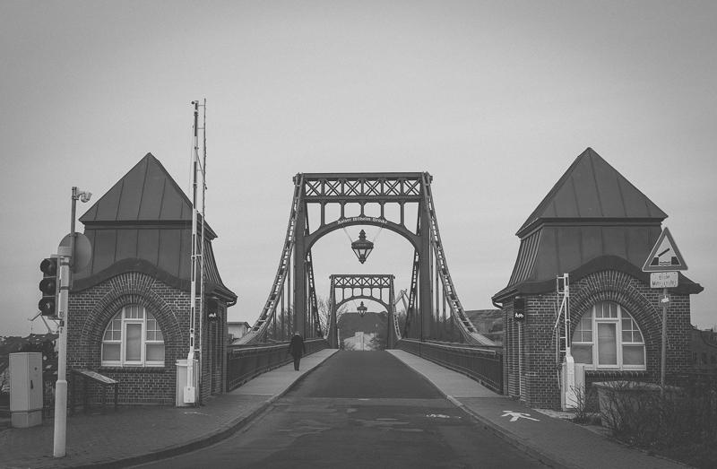 361/365 -- Kaiser-Wilhelm-Brücke